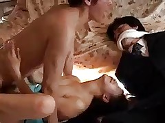 Housewife porn : nude mature asian women
